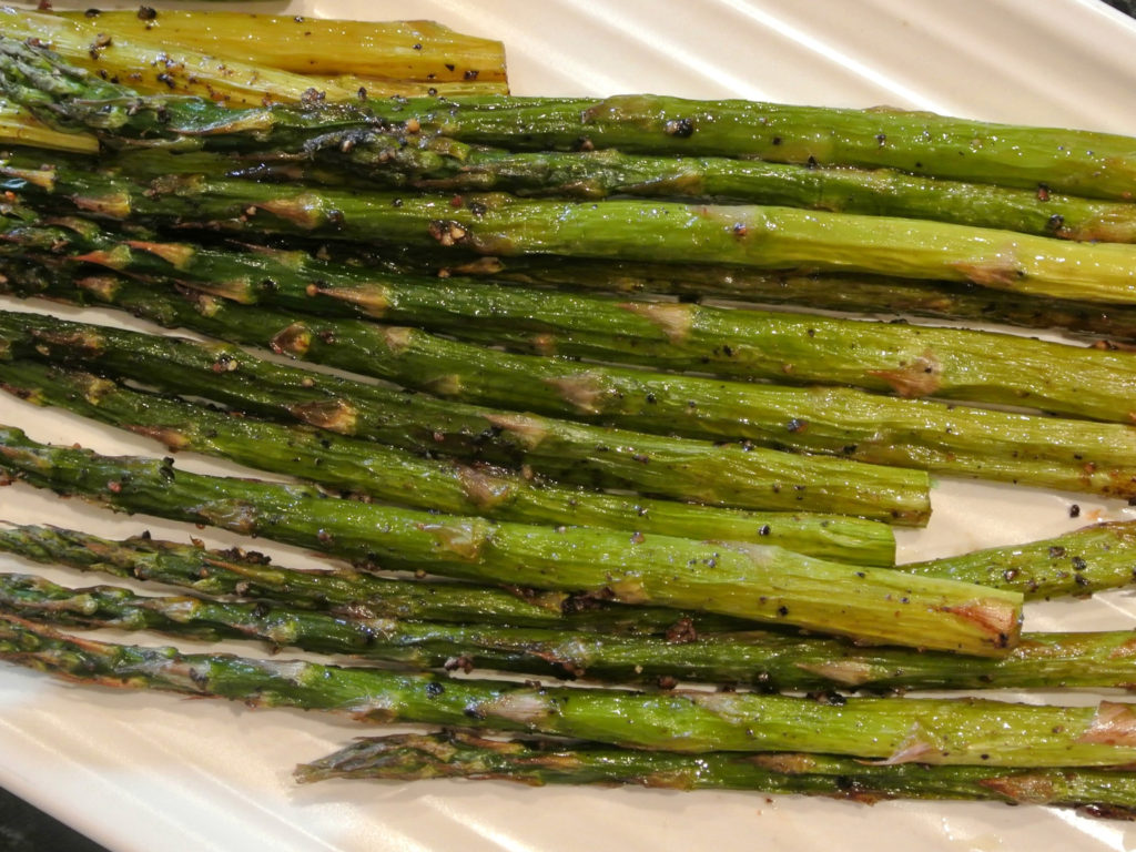 Baked Baby Asparagus with Balsamic Butter Sauce |