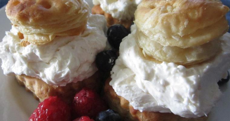 Cheesecake Berry Baskets
